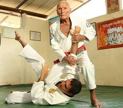 Brazilian Jiu-Jitsu Self-Defence Martial Art - Gracie Castle