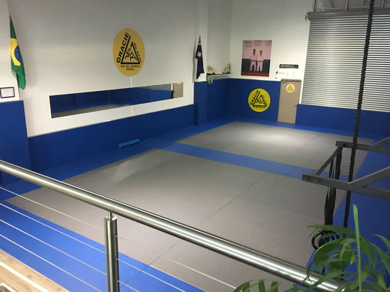 gracie castle hill mat downstairs
