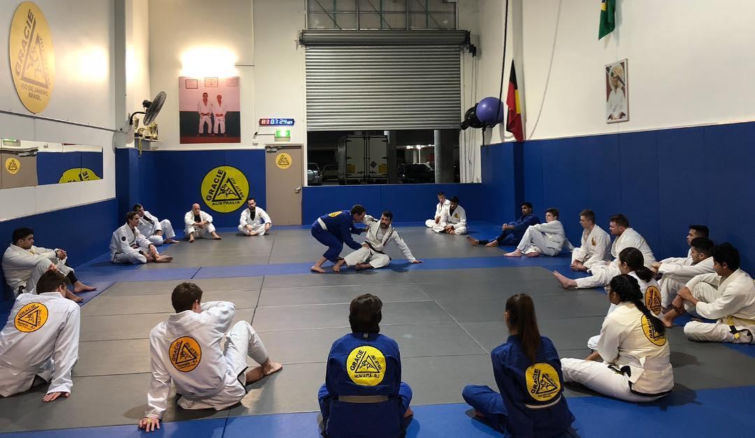 gracie jiu jitsu beginners classes