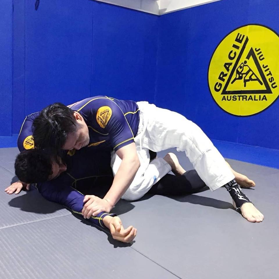 gracie jiu jitsu no gi